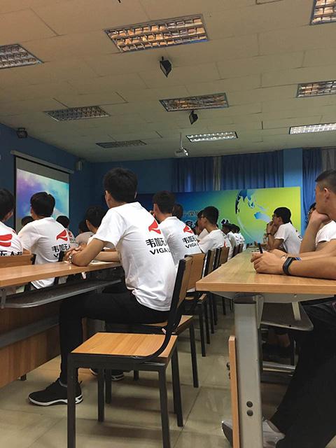 韦加无人机院校合作专业学生陆续报道入学4