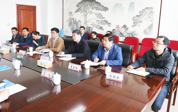 公司总裁到枣庄科技职业学院交流访问