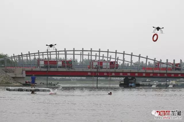 北京举行防汛实战演练 无人机成救援利器2